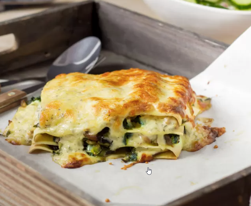 Rijkgevulde lasagne met boerenkool en kip